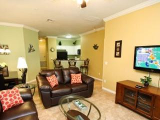 3 Bedroom 2 Bathroom Town Home 1.5 Miles To Disney. 2809OD - Orlando vacation rentals