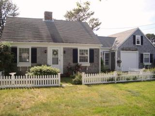 54 Hiawatha Road Harwich Port Cape Cod - Harwich Port vacation rentals