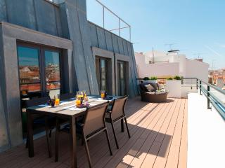 Chiado Deluxe Apartment by RE - Lisbon vacation rentals