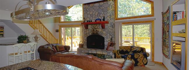 Luxury Tahoe Cabin, Game Room, Tons of Extra  Amen - South Lake Tahoe vacation rentals