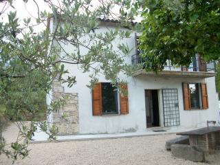 Casa Vacanze con vista panoramica - Massa Martana vacation rentals