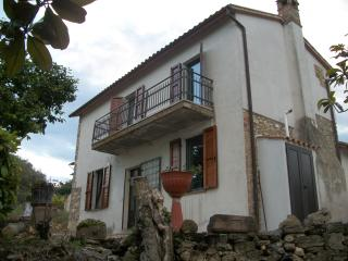 Casa Vacanze con vista panoramica - Massa Martana vacation rentals