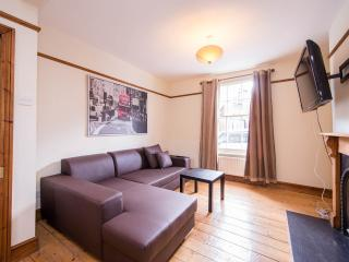 Stunning 3 bedroom House W12 - London vacation rentals