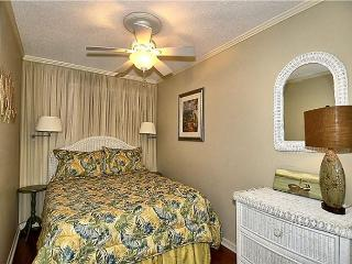 Seaside Villa 225 -  Direct Oceanfront 1 Bedroom 1 bath flat Hilton Head, SC - Hilton Head vacation rentals