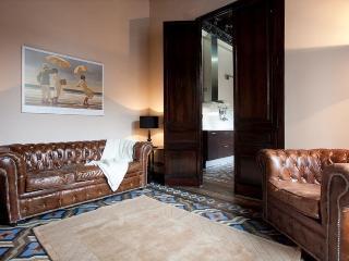 Principito Apartment with 2 Bathrooms& 2 Balconies - Barcelona vacation rentals