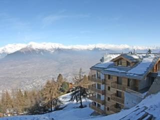 Nice Condo with A/C and Central Heating - Veysonnaz vacation rentals