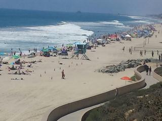 Ocean view Condo just steps from the beach - Carlsbad vacation rentals