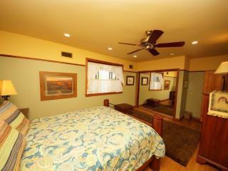 Cozy 2 bedroom La Sal Cabin with Dishwasher - La Sal vacation rentals