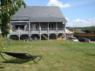 Bright 3 bedroom Clecy Gite with Internet Access - Clecy vacation rentals