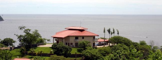 6 Bedrooms Villa  Best Ocean View In Playa Ocotal - Image 1 - Playa Ocotal - rentals