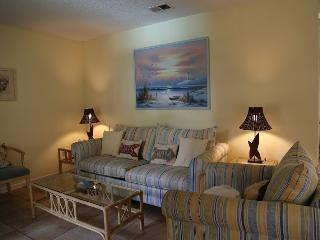 Ocean Reef 402 - walk to town! - Gulf Shores vacation rentals