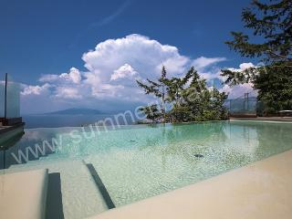 Charming 6 bedroom Sorrento House with Deck - Sorrento vacation rentals