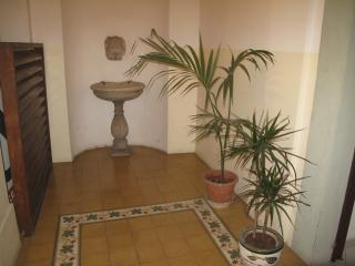 Flat Francis with 20€ / night - Rome vacation rentals