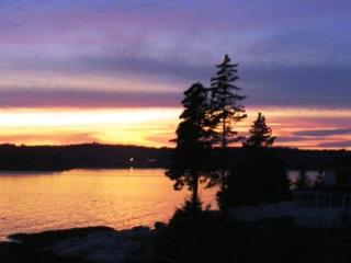 ATLANTIC SUNSET| SPRUCE POINT | OCEAN FRONT - Boothbay Harbor vacation rentals