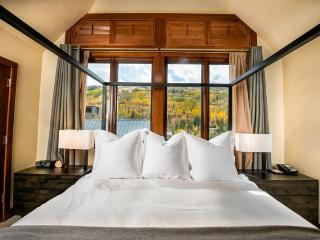 Enjoy your vacation from the center of Vail Village in this Solaris residence, a vacation condo that fits more like a home. - Vail vacation rentals