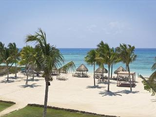 MARGARITAS I- 2 bedrooms- AFFORDABLE PRICE + Free WIFI Internet - Yucatan-Mayan Riviera vacation rentals