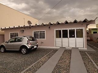 Alugo esta casa por dia toda mobiliada durante o ano todo - Penha vacation rentals