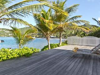 Private beachfront villa with separate bungalows WV CHL - Lorient vacation rentals