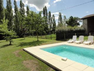 maison près de St Emilion avec  piscine privé - Tayac vacation rentals