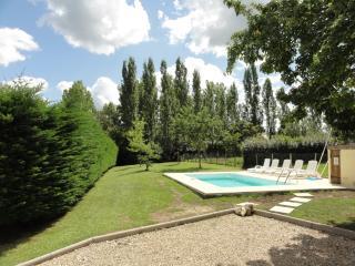 Location avec piscine près de St Emilion - Saint-Emilion vacation rentals