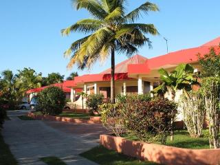 1 bedroom Villa with A/C in Guadeloupe - Guadeloupe vacation rentals