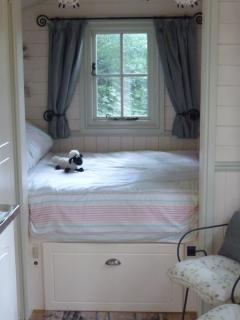 Nice Shepherds hut with Internet Access and Garden - Ledbury vacation rentals