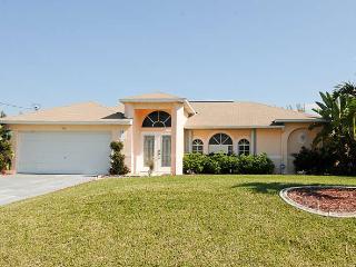 Villa Florida Feeling Cape Coral FL / SW Area Pool - Cape Coral vacation rentals
