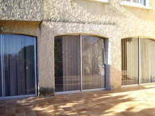 Maison 5 chambres 9 personne 2 bains garage - Villeneuve-les-Avignon vacation rentals