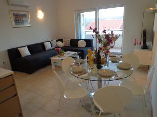 Apartment Diana Rogoznica - Razanj vacation rentals