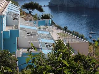 Maga Circe Apartment n.6 Cala Feola beach - Ponza vacation rentals
