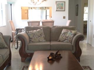 SHOREWALK condo upstairs end IMG 3mins BEACH 10min - Bradenton vacation rentals