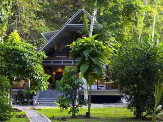 Casa Bella-Jungle retreat steps from the Carribean - Limon vacation rentals