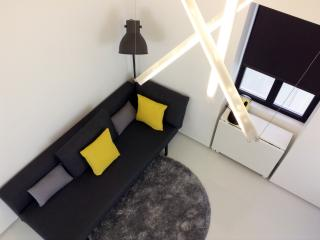 Design studio 1 step from the beach - wifi - Sesimbra vacation rentals