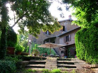 Appartamento in Casale d'epoca Sutri - Bagnaia vacation rentals