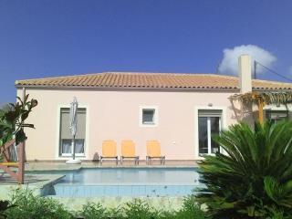 Villa Karavaki 3 bedroom, 3 bathroom with pool - Lixouri vacation rentals
