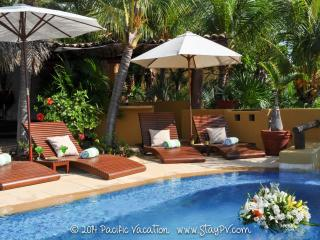 Heaven on Earth...awaits you. - Ixtapa/Zihuatanejo vacation rentals