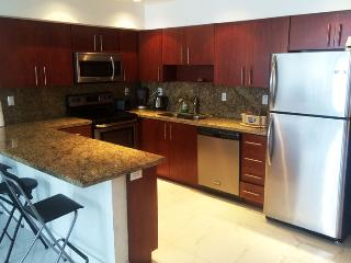 2 BD Ocean Luxury Remodeled Ocean View Sunny Isles Beach #15 - Sunny Isles Beach vacation rentals