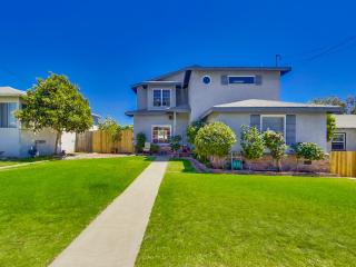 Family Home W/Private Yard and Spa Close Walk to B - La Mesa vacation rentals