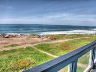 Ocean Front Home with Hot Tub Sleeps 16 FREE NIGHT - Yachats vacation rentals