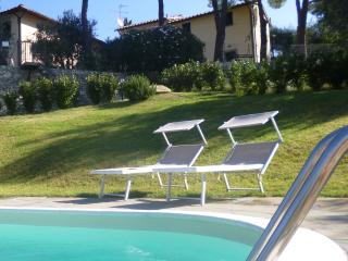 Il Palagetto, 2 bedroom apartment florence hill - Bagno a Ripoli vacation rentals