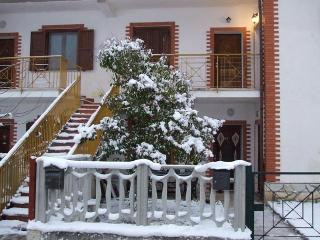1 bedroom Condo with Mountain Views in San Massimo - San Massimo vacation rentals