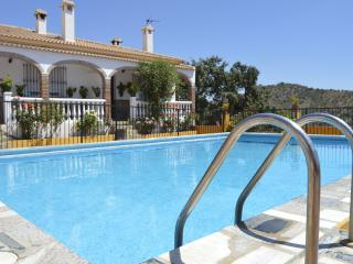 Mirador III (Conjunto el Mirador) - Riogordo vacation rentals