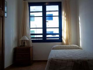 APARTMENT SATIVA IN FAMARA FOR 3P - Famara vacation rentals