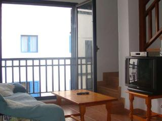 APARTMENT SIROCO IN FAMARA FOR 4 P - Famara vacation rentals