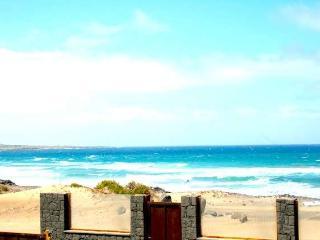 BUNGALOW ADELAIDA IN FAMARA FOR 6 P - Famara vacation rentals