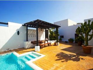 Nice Villa with Internet Access and Television - Guatiza vacation rentals