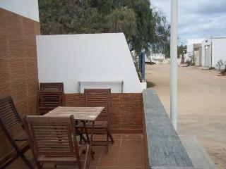 2 bedroom Apartment with Internet Access in Caleta de Sebo - Caleta de Sebo vacation rentals