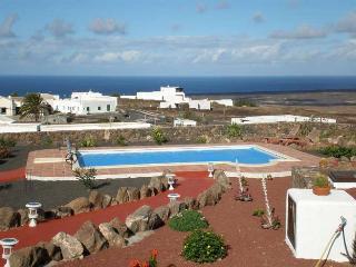 Beautiful 1 bedroom Bungalow in Brena Alta - Brena Alta vacation rentals