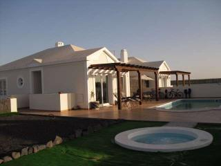 Perfect Villa with Internet Access and Television - Playa Blanca vacation rentals