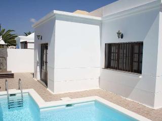 Perfect Puerto Del Carmen Villa rental with Internet Access - Puerto Del Carmen vacation rentals